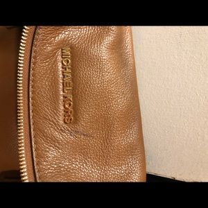 Michael Kors Bags - Michael kors cognac cross body